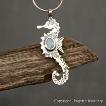 Seahorse with Opal N140